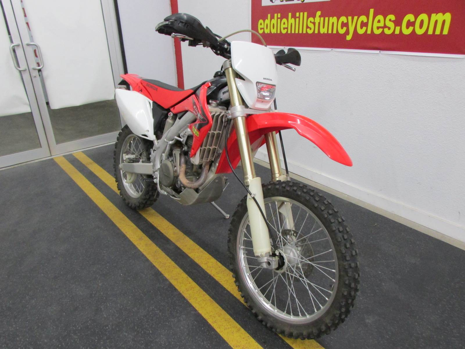 2005 Honda CRF450X in Wichita Falls, Texas - Photo 4