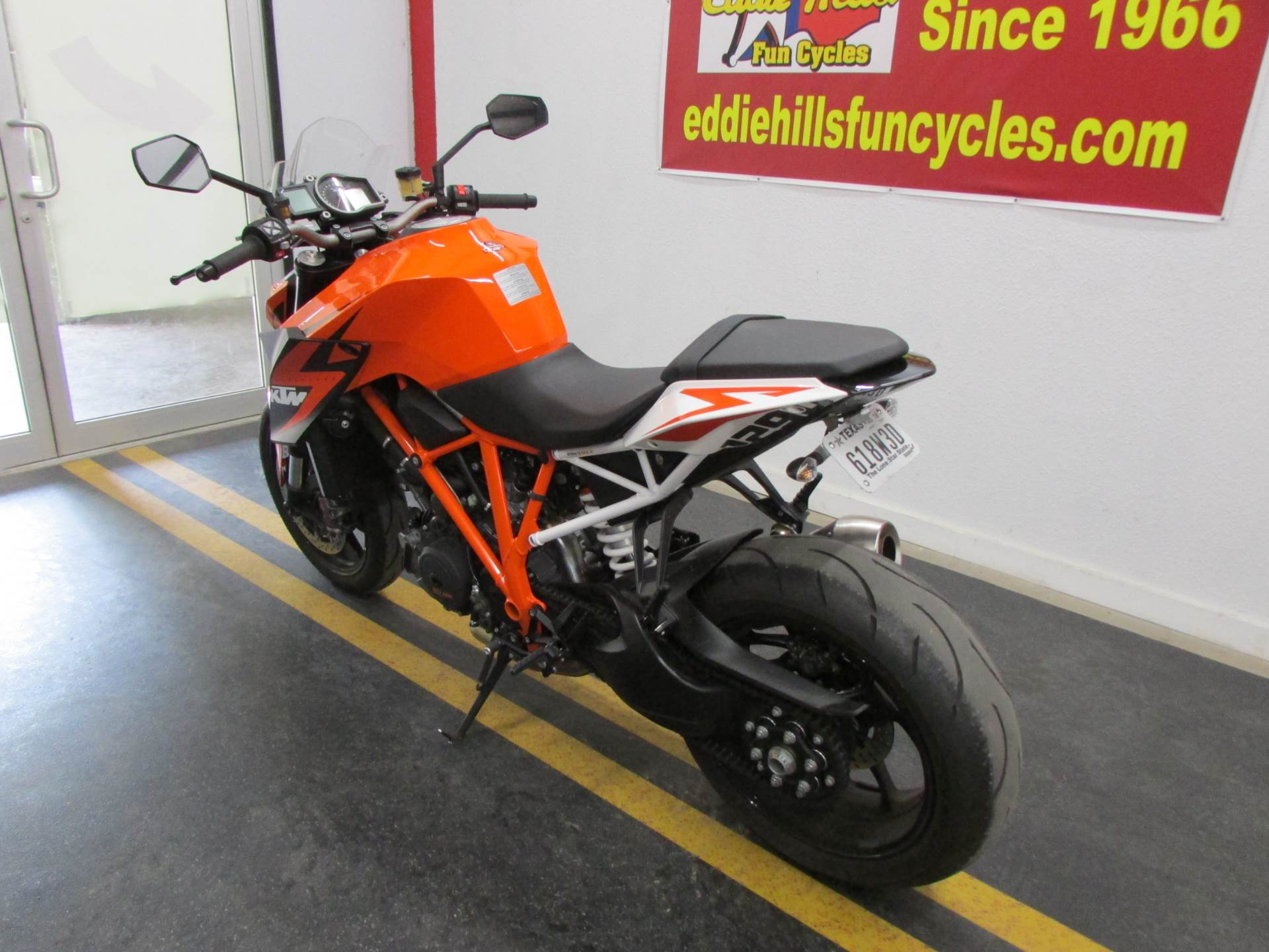 2016 KTM 1290 Super Duke R in Wichita Falls, Texas - Photo 9