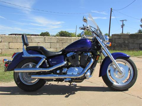 2004 Honda Shadow Sabre in Wichita Falls, Texas