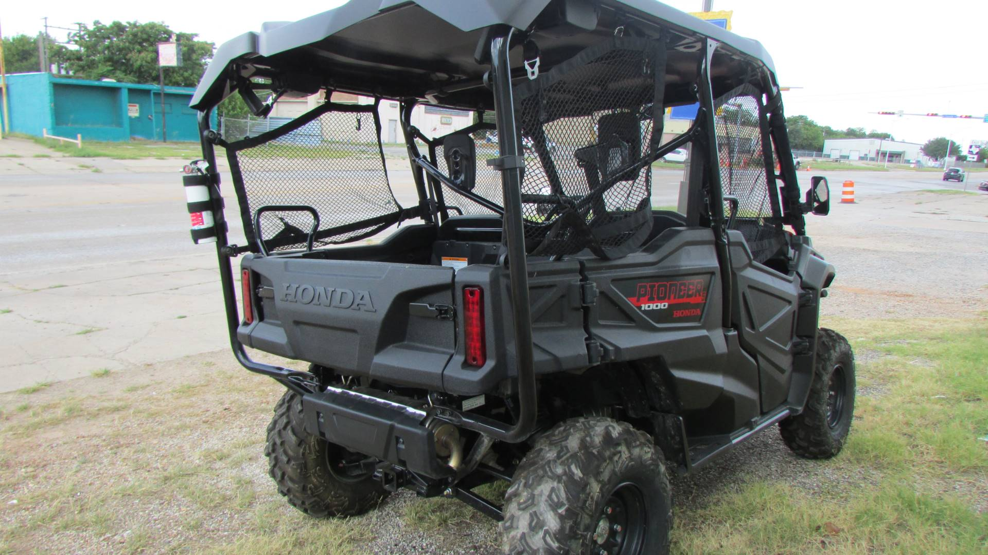 2020 Honda Pioneer 1000-5 in Wichita Falls, Texas - Photo 5