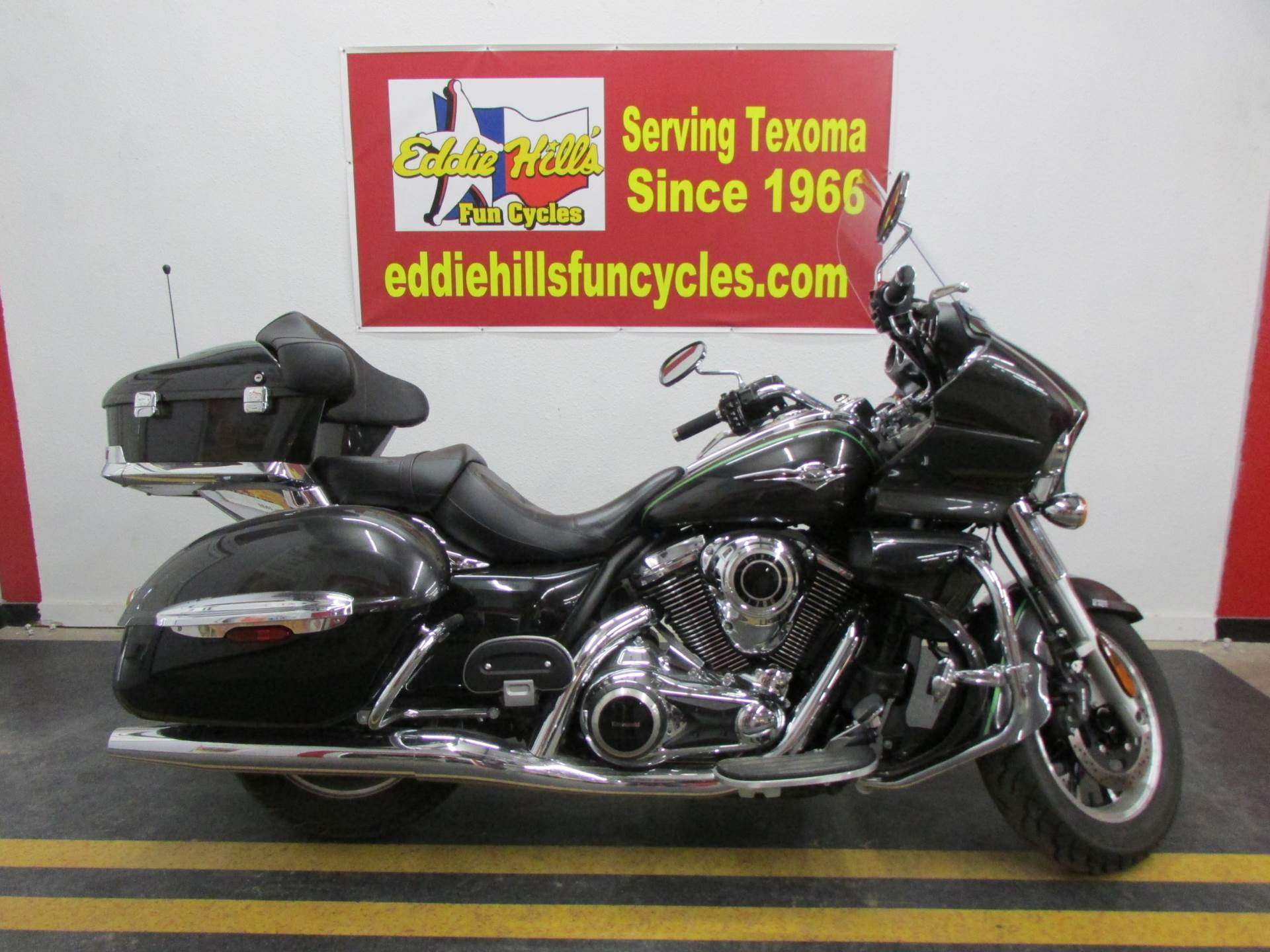 2015 Kawasaki Vulcan® 1700 Voyager® ABS in Wichita Falls, Texas