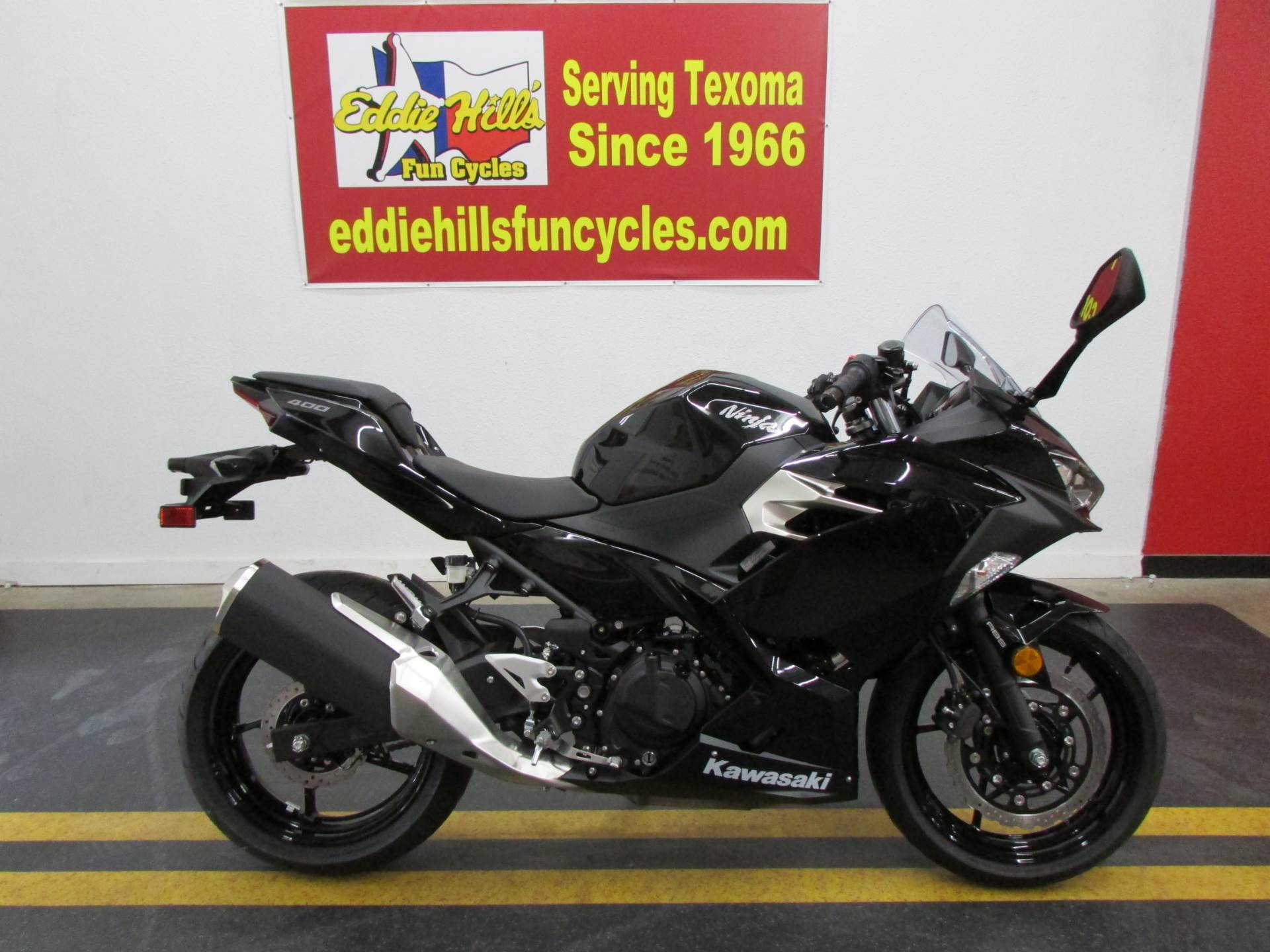 2019 Kawasaki Ninja 400 ABS in Wichita Falls, Texas - Photo 1