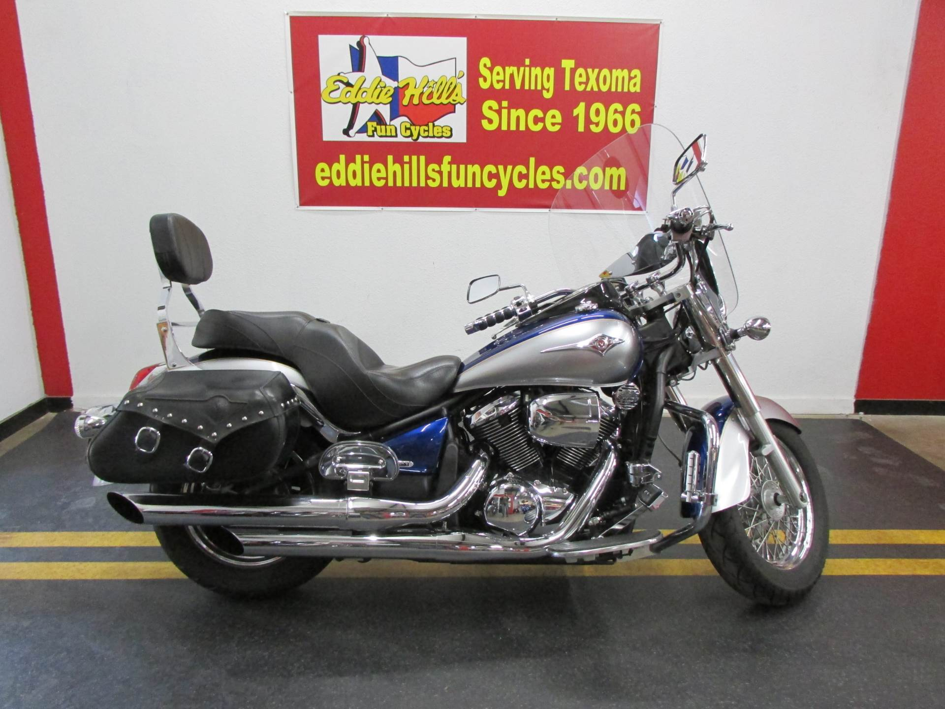 2008 Kawasaki Vulcan® 900 Classic LT in Wichita Falls, Texas - Photo 2