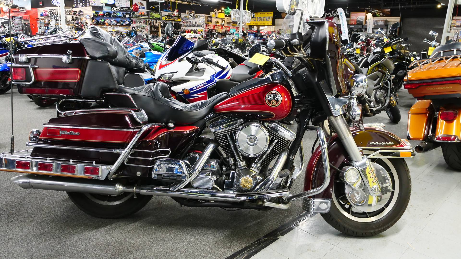 1990 Harley-Davidson ELECTRA GLIDE in Oakdale, New York - Photo 2