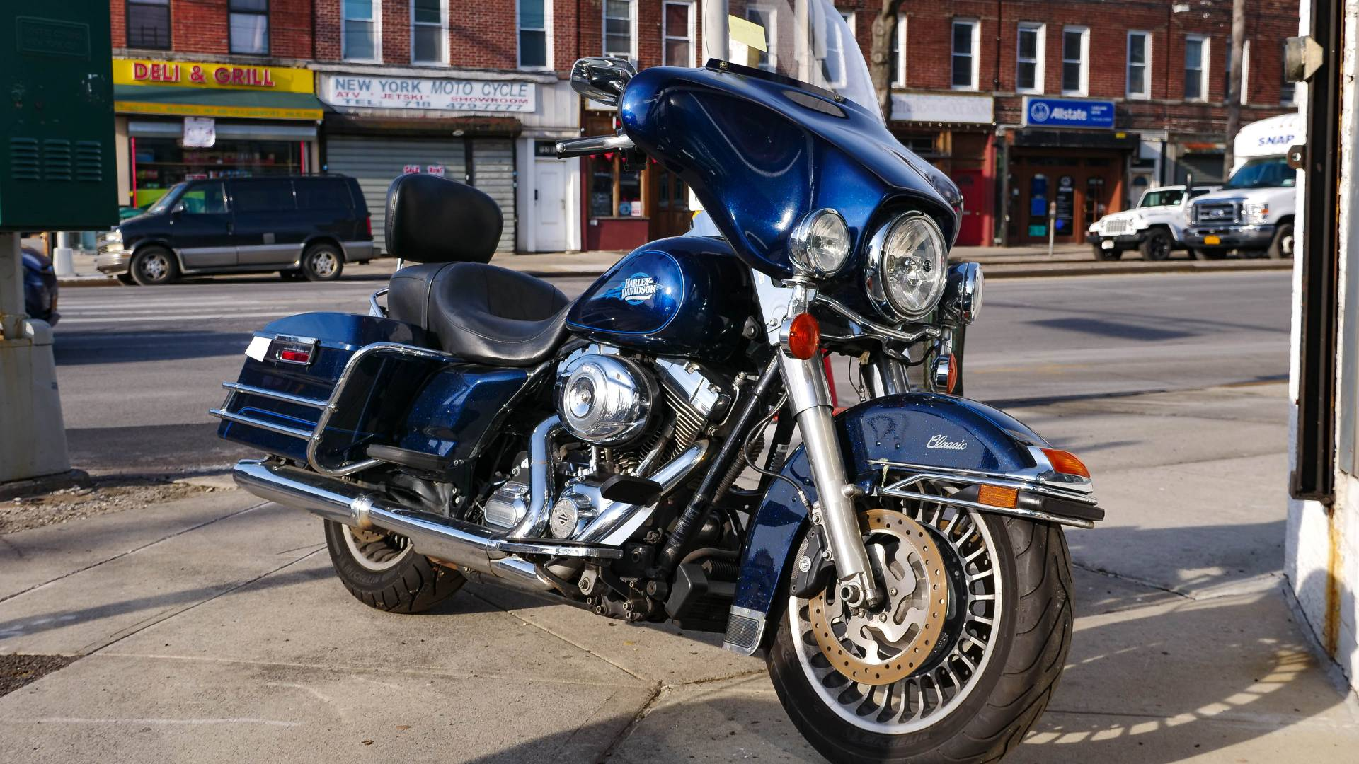 2013 Harley-Davidson Electra Glide® Classic in Oakdale, New York - Photo 10
