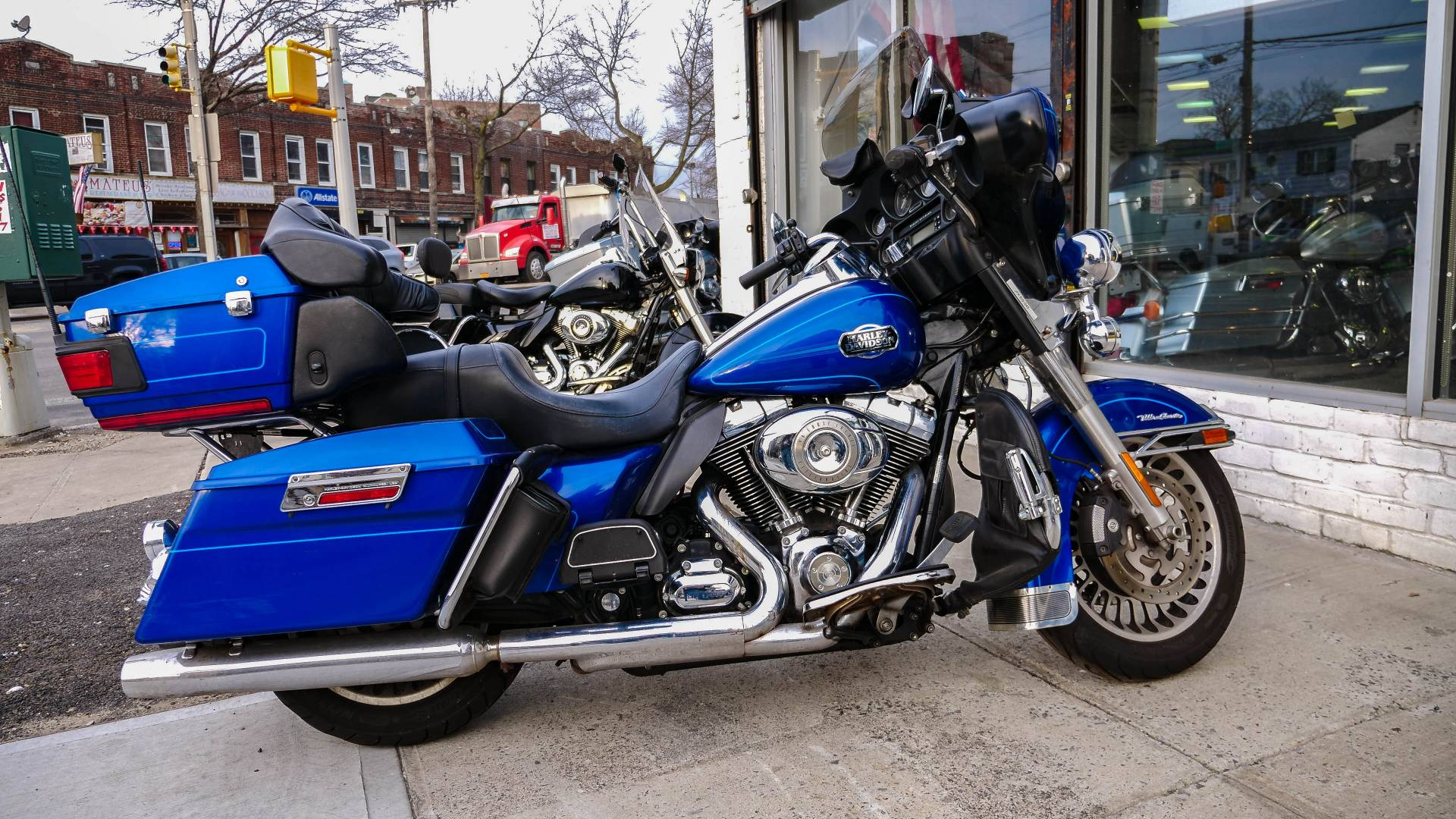 2010 Harley-Davidson Ultra Classic® Electra Glide® in Oakdale, New York - Photo 6