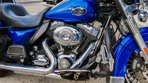 2010 Harley-Davidson Ultra Classic® Electra Glide® in Oakdale, New York - Photo 9
