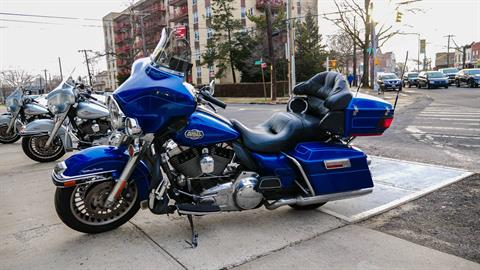 2010 Harley-Davidson Ultra Classic® Electra Glide® in Oakdale, New York - Photo 2