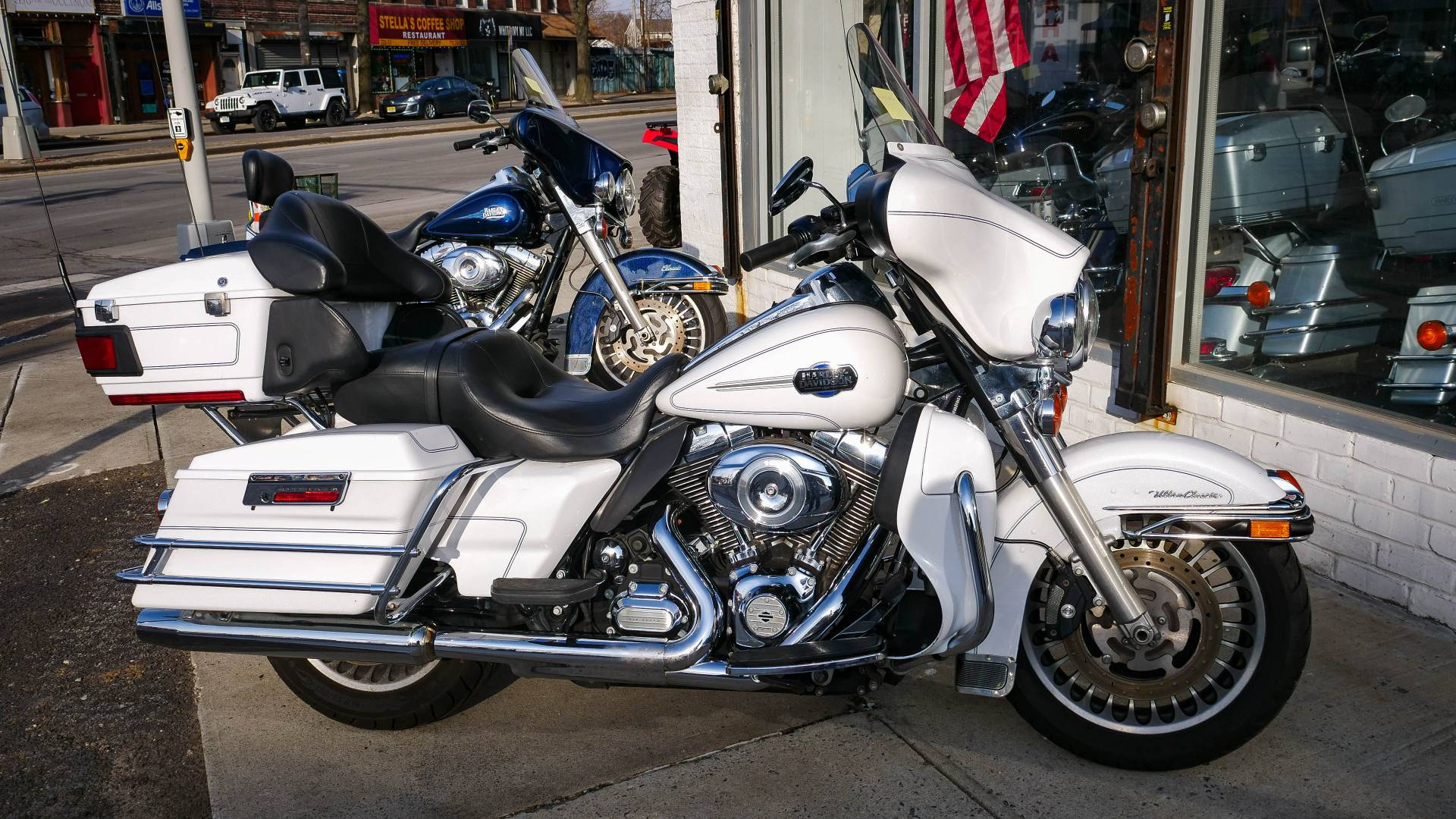 2013 Harley-Davidson Electra Glide® Classic in Oakdale, New York - Photo 3