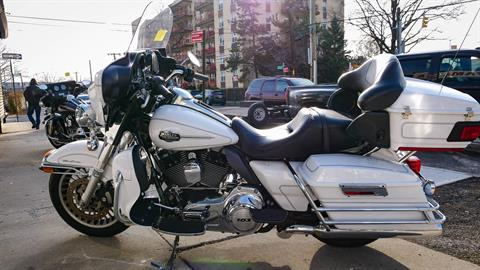 2013 Harley-Davidson Electra Glide® Classic in Oakdale, New York - Photo 14