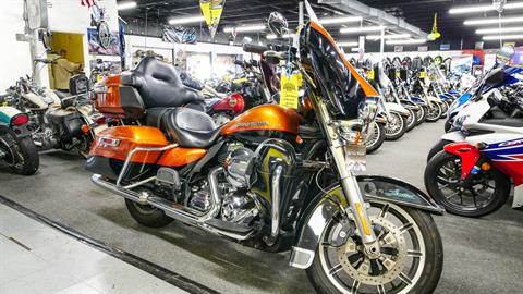 2014 Harley-Davidson Ultra Limited in Oakdale, New York - Photo 13