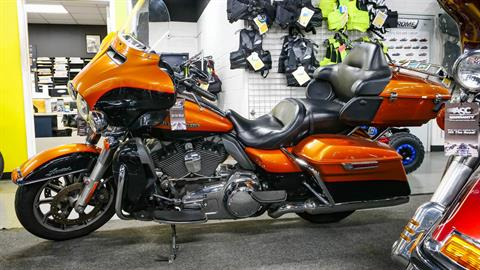 2014 Harley-Davidson Ultra Limited in Oakdale, New York - Photo 2