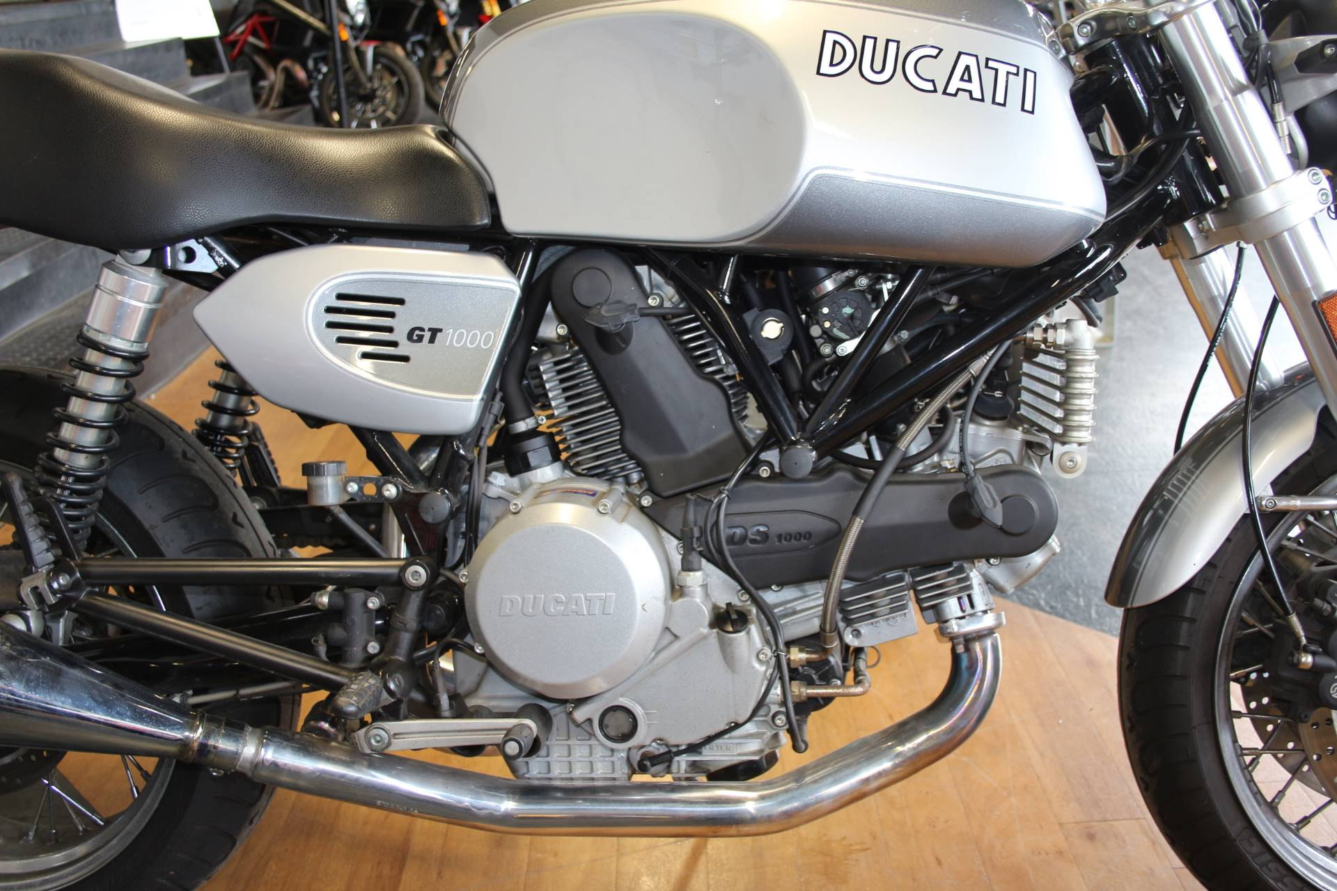 2008 Ducati SportClassic GT 1000 in Oakdale, New York - Photo 3