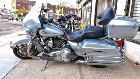 2012 Harley-Davidson Electra Glide® Classic in Oakdale, New York - Photo 2
