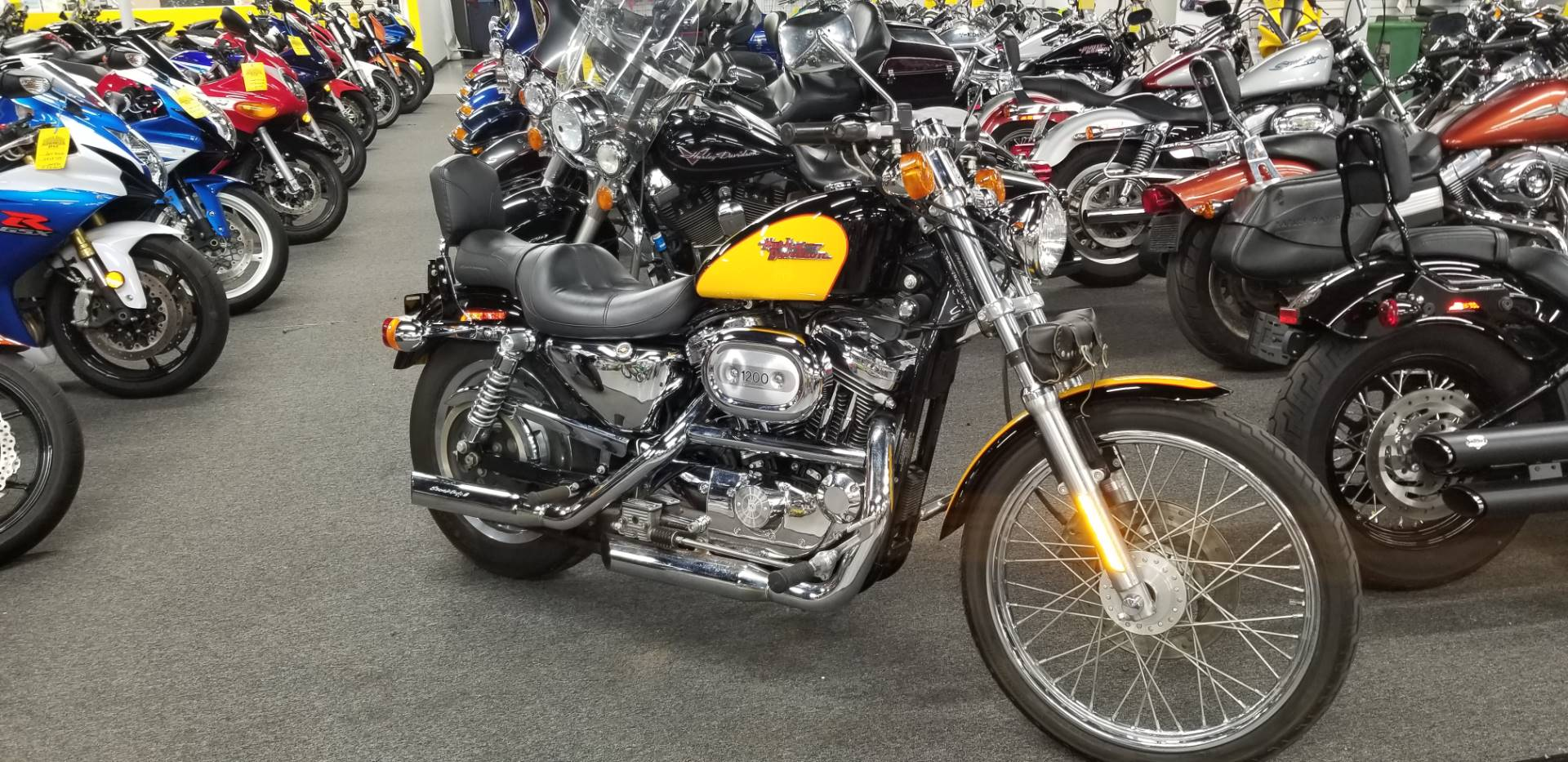 Used 2001 Harley Davidson Xl 1200c Sportster 1200 Custom Motorcycles In Oakdale Ny Stock Number Um 1k117051