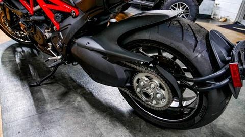 2011 Ducati Diavel in Oakdale, New York - Photo 13