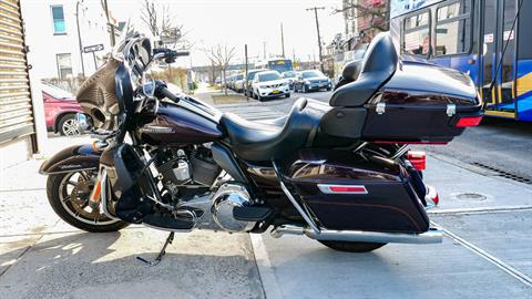 2014 Harley-Davidson Electra Glide® Ultra Classic® in Oakdale, New York - Photo 10