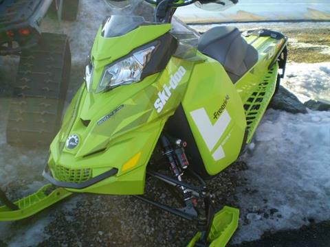"2015 Ski-Doo Freeride™ 137 800R E-TEC, Powdermax 1.75"", E.S. in Lancaster, New Hampshire"
