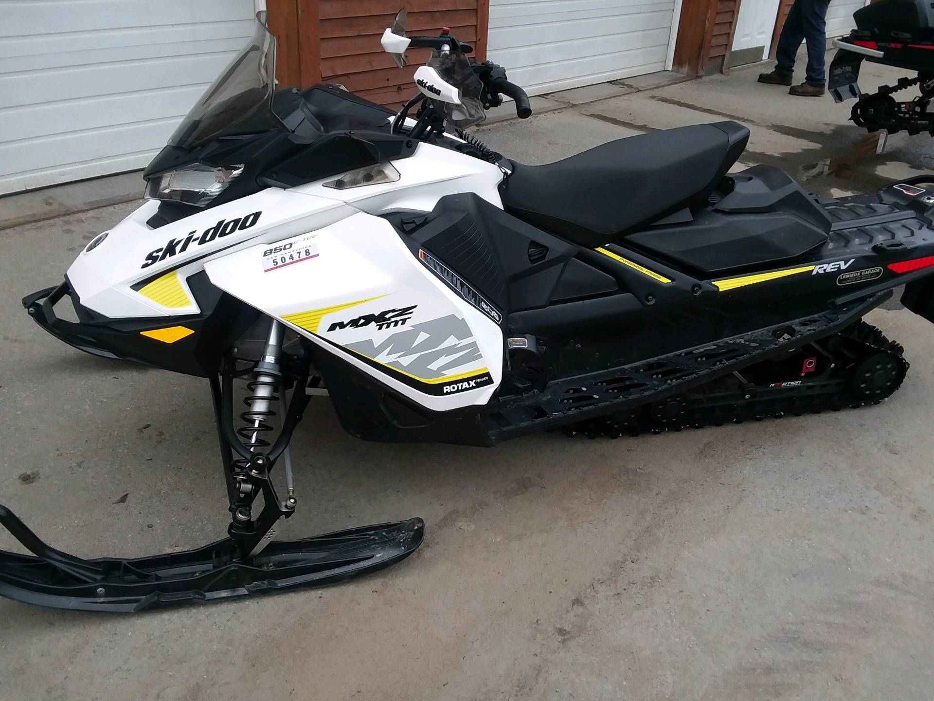 2017 Ski-Doo MXZ TNT 850 E-TEC in Lancaster, New Hampshire - Photo 3
