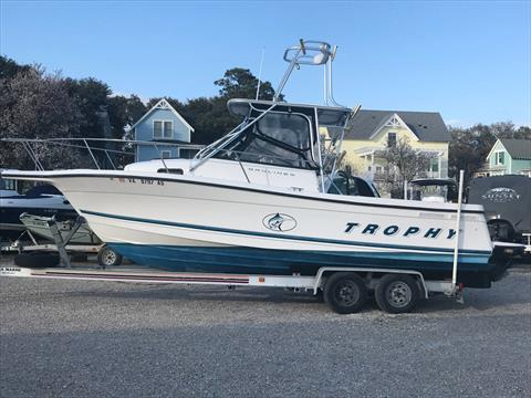 1998 Bayliner Trophy 2352 in Norfolk, Virginia