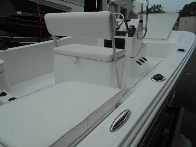 2016 Sportsman 17 Island Reef in Norfolk, Virginia