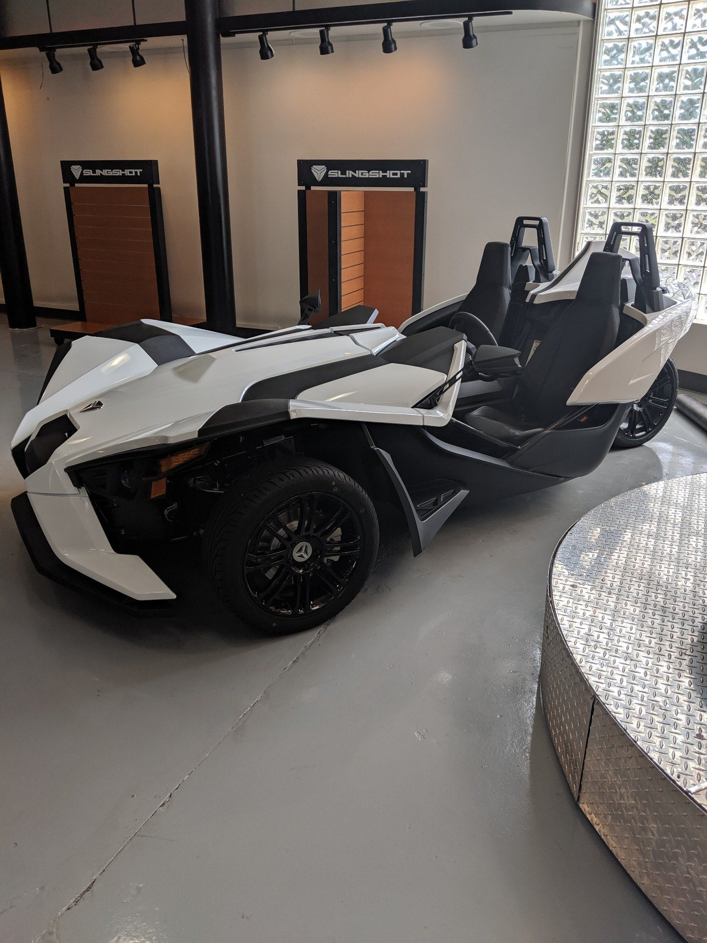2019 Slingshot Slingshot S in Savannah, Georgia - Photo 2