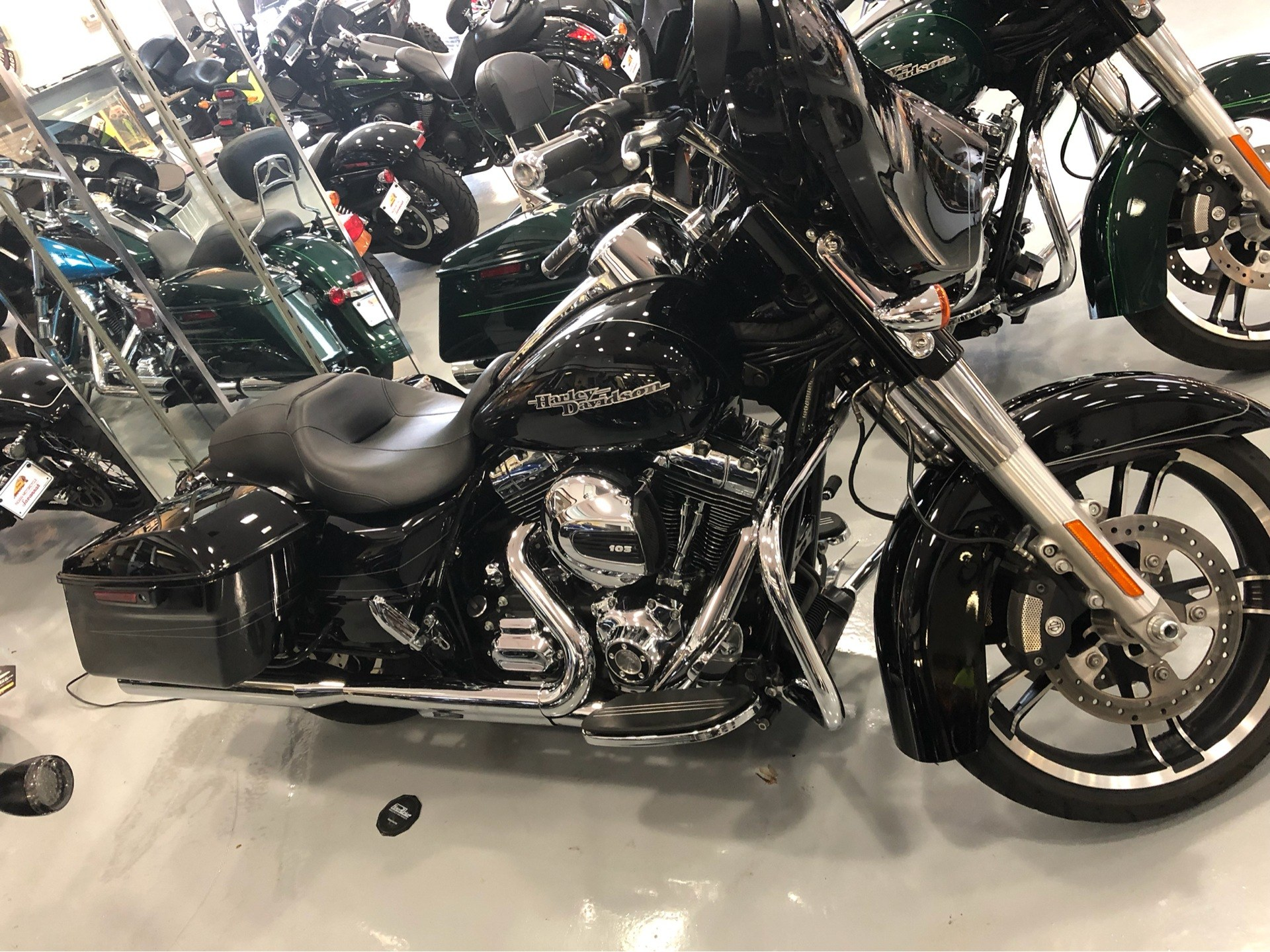 2016 Harley-Davidson Street Glide Special 3
