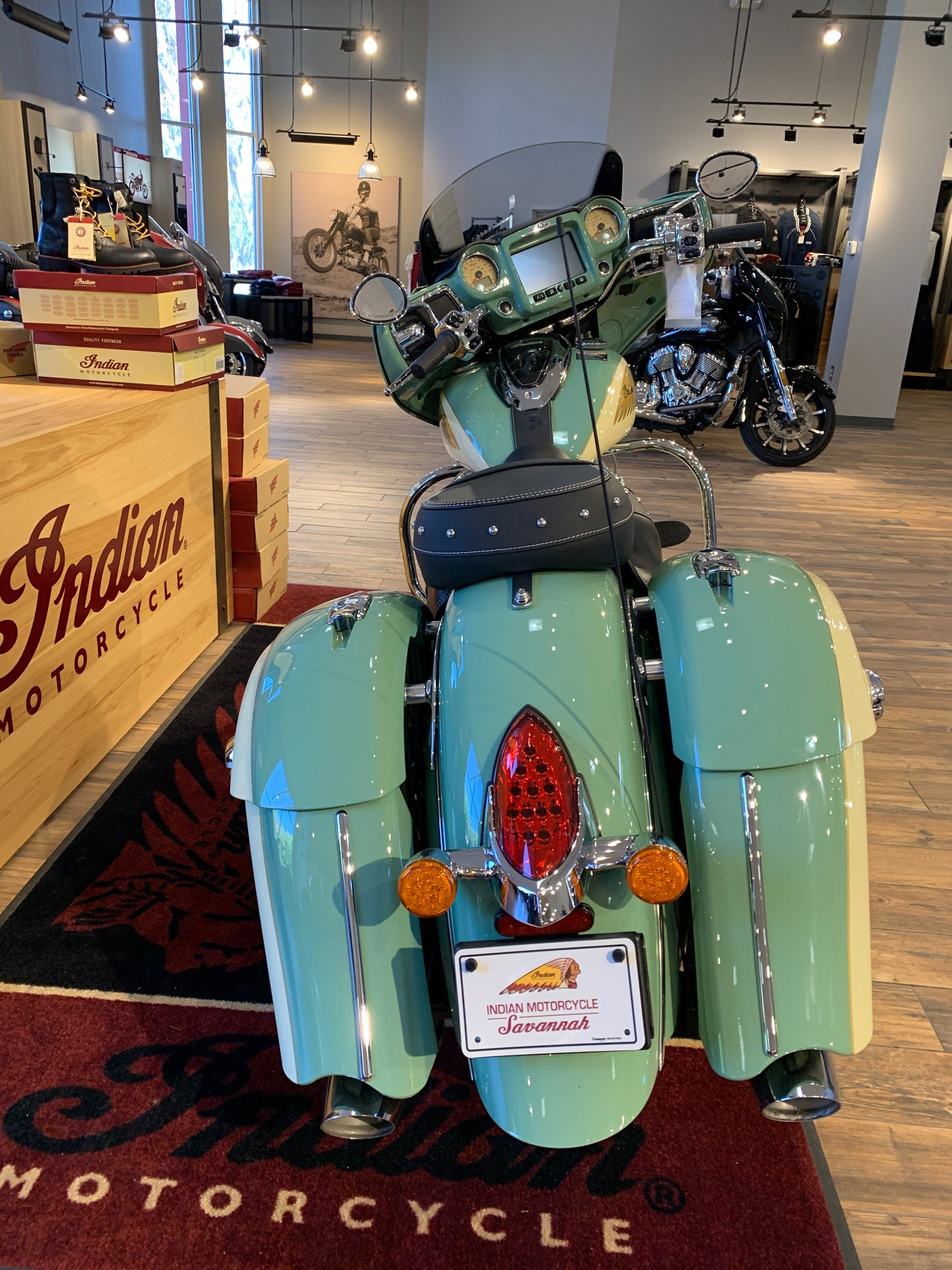 2019 Indian Chieftain® Classic Icon Series in Savannah, Georgia - Photo 3