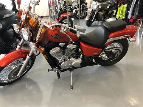 2005 Honda Shadow® VLX Deluxe 600 in Savannah, Georgia
