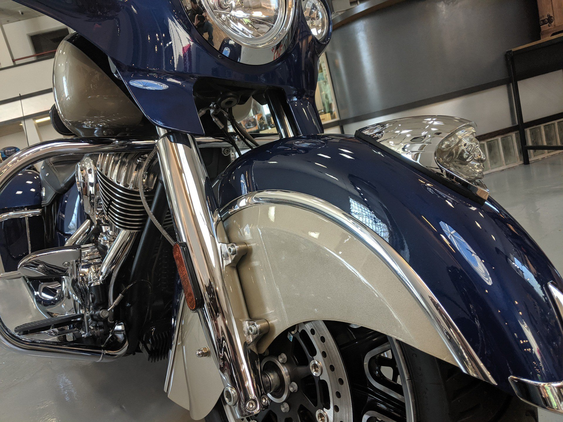 2019 Indian Chieftain® Classic ABS in Savannah, Georgia - Photo 6