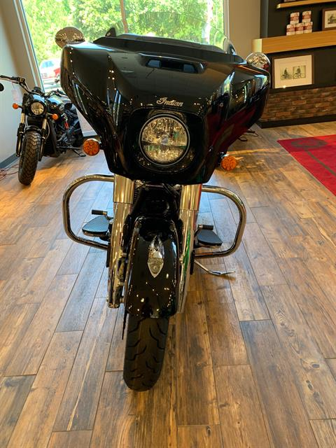 2019 Indian Chieftain® Limited ABS in Savannah, Georgia - Photo 2