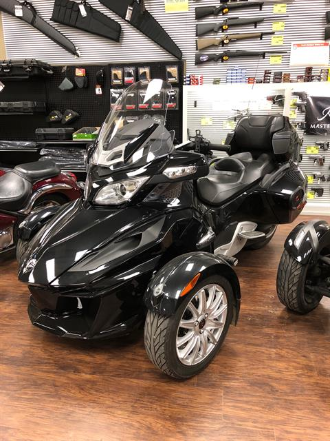 2014 Can-Am Spyder® RT SE6 in Tyler, Texas