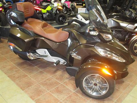 2012 Can-Am Spyder® RT Limited in Conroe, Texas