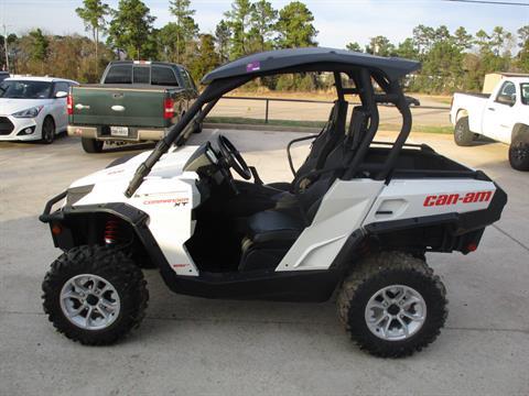 2015 Can-Am Commander™ XT™ 1000 in Conroe, Texas