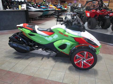 2015 Can-Am Spyder® RS-S Special Series SE5 in Conroe, Texas