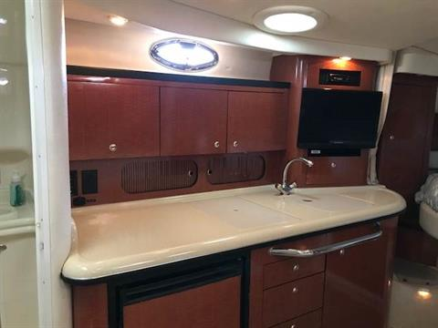 2004 Sea Ray 340 Sundancer in Madisonville, Louisiana