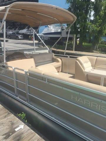 2015 Harris Flotebote CRUISER 240 in Madisonville, Louisiana