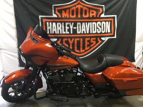 2020 Harley-Davidson FLHXS in Belmont, Ohio - Photo 2