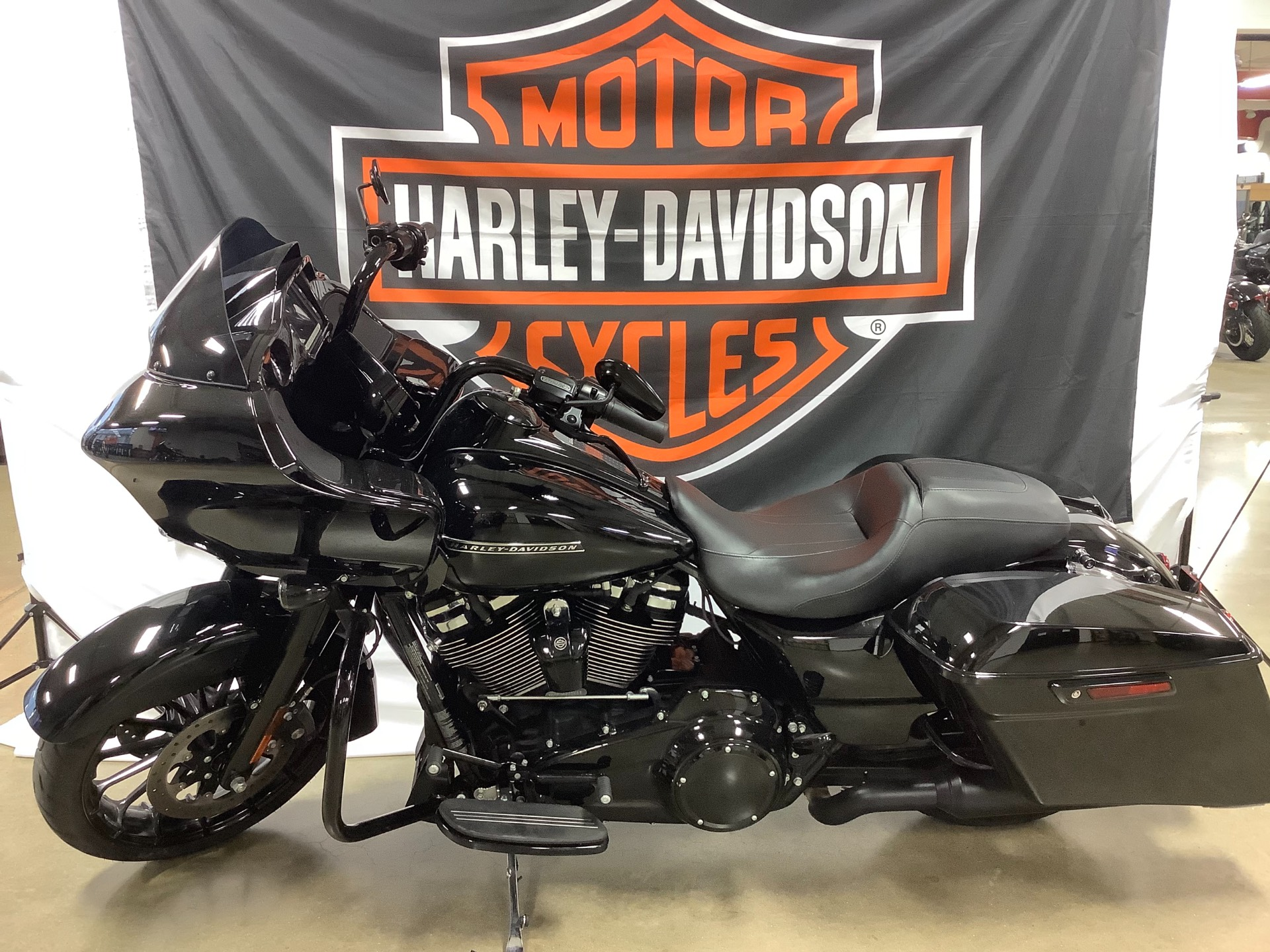 2018 Harley-Davidson Road Glide® Special in Belmont, Ohio - Photo 3