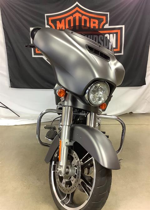 2017 Harley-Davidson Street Glide® Special in Belmont, Ohio - Photo 4