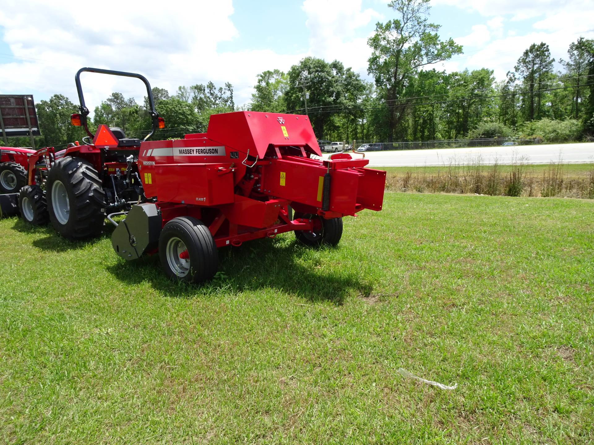 2019 Massey Ferguson MF1838 in Hazlehurst, Georgia - Photo 2