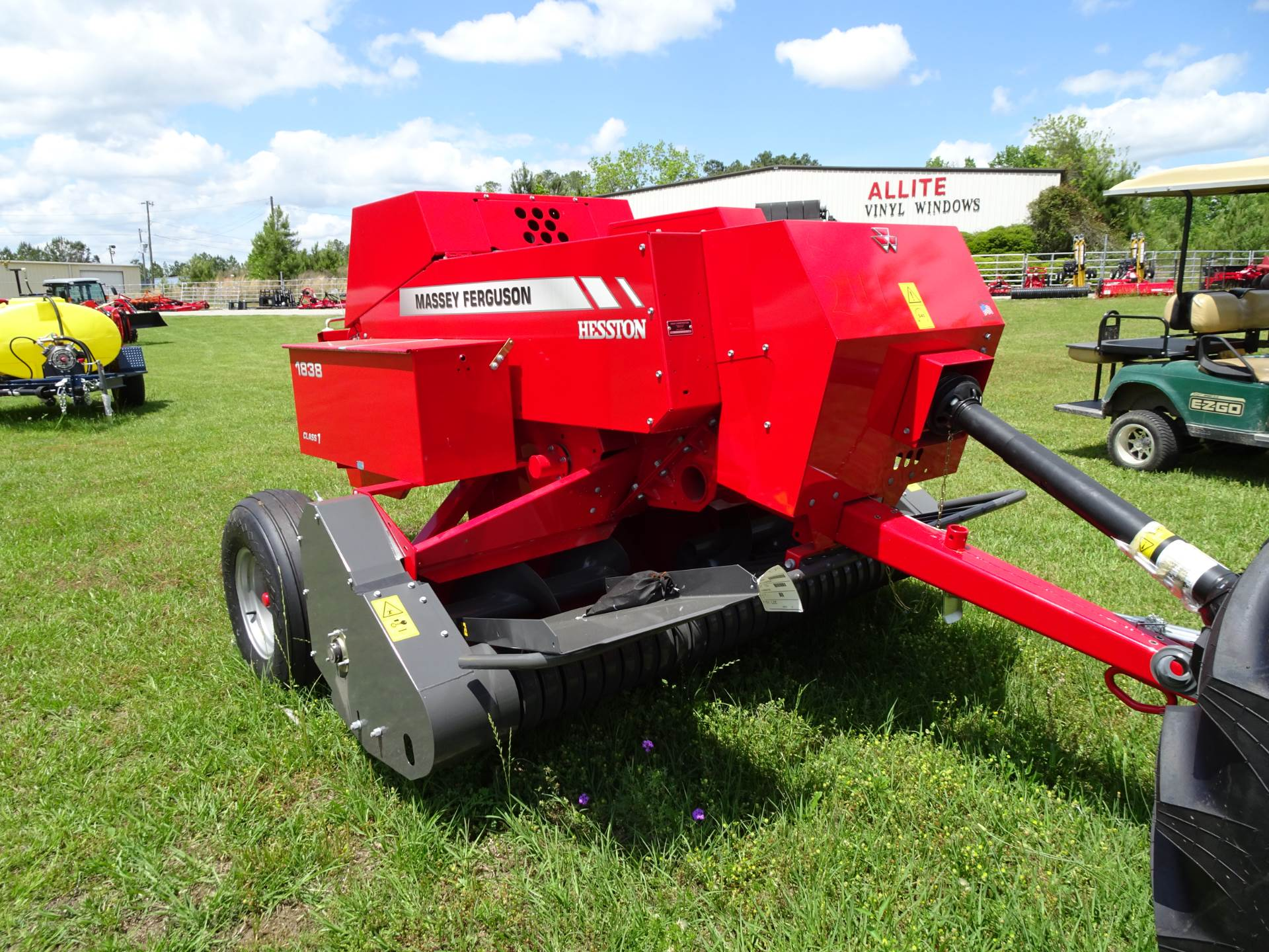 2019 Massey Ferguson MF1838 in Hazlehurst, Georgia - Photo 4