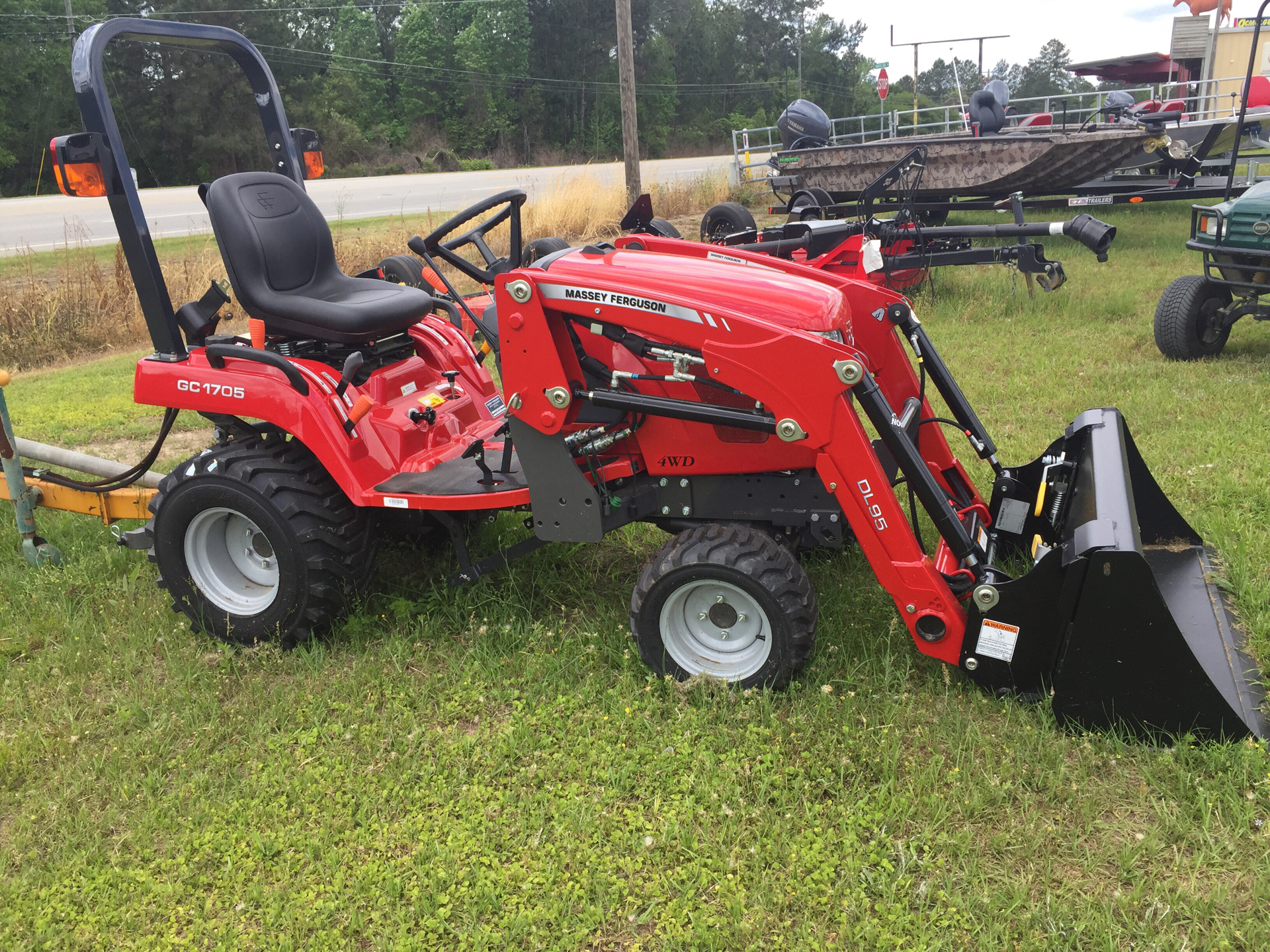 2019 Massey Ferguson MFGC1705 in Hazlehurst, Georgia - Photo 1