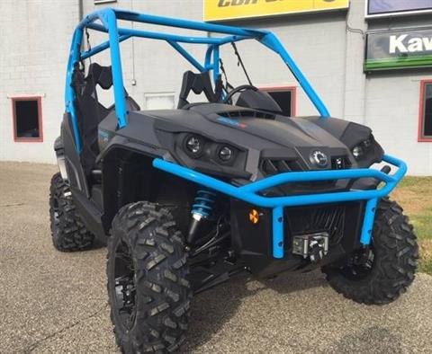 2019 Can-Am Commander XT 800R in Brilliant, Ohio - Photo 3