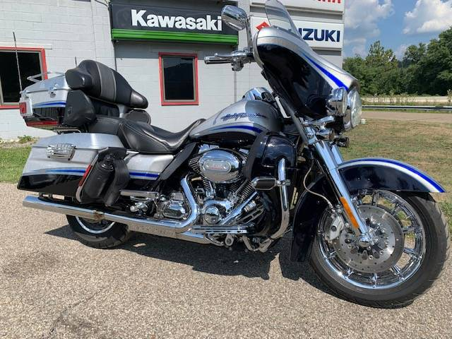 2009 Harley-Davidson CVO™ Ultra Classic® Electra Glide® in Brilliant, Ohio - Photo 1