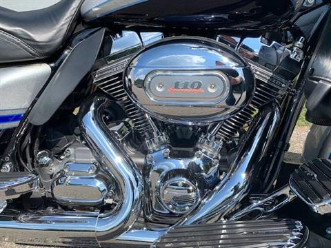2009 Harley-Davidson CVO™ Ultra Classic® Electra Glide® in Brilliant, Ohio - Photo 3