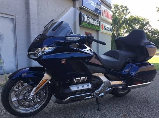 2018 Honda Gold Wing Tour Automatic DCT in Brilliant, Ohio - Photo 1