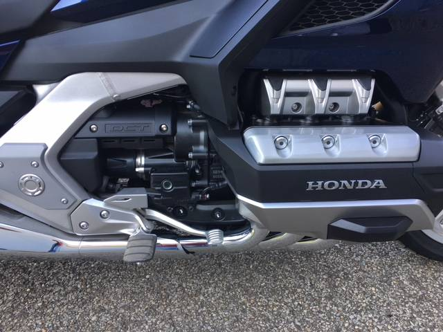 2018 Honda Gold Wing Tour Automatic DCT in Brilliant, Ohio - Photo 10