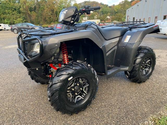 2017 Honda FourTrax Foreman Rubicon 4x4 DCT EPS Deluxe in Brilliant, Ohio - Photo 2