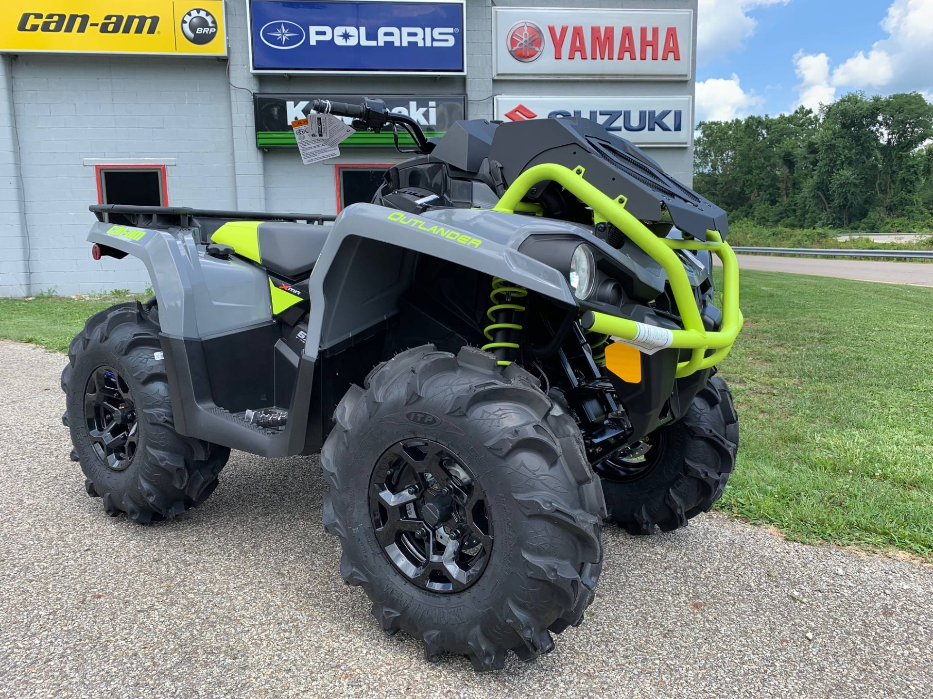 2020 Can-Am Outlander X MR 570 in Brilliant, Ohio - Photo 1